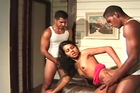 Skinny latina tranny Works With Two weenies