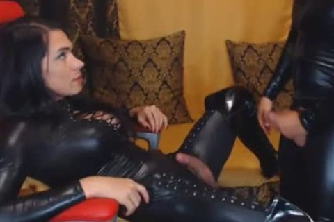 couple In Latex mouth And wazoo plow