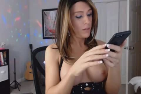 beautiful brunette sheboy Wants To Play