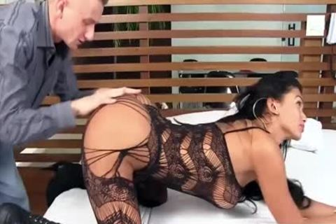 enchanting shemale Valerya Pacheco unprotected Love With Fisting