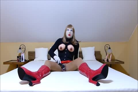 Rubberdoll Monique - Sissygasm In Chastity Cage
