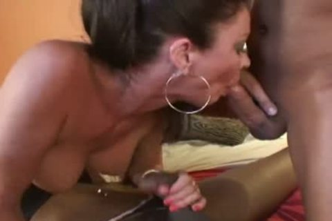 tasty black t-girl Joins A couple In sofa - t-girl plow Fest