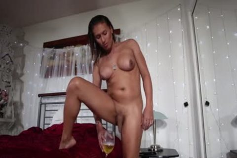 tranny Jamie Croft Solo And Pissing