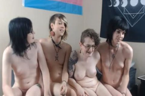 A Bunch Of yummy ladymans kissing And Giving Handjobs
