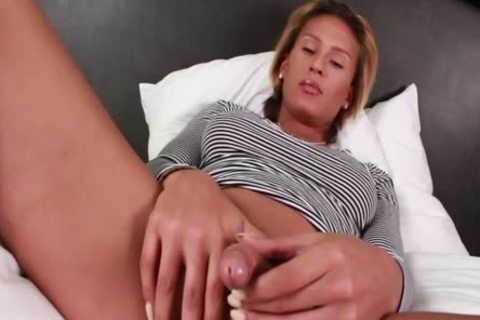 delicious tranny Jamie Croft Plays With Her giant knob