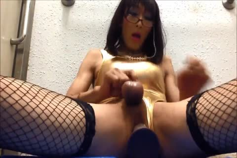 sweet shemale Filling Her butt With Rubber