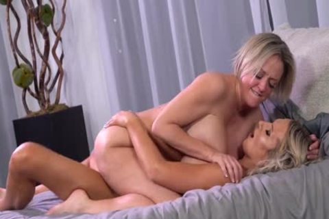 Kayleigh Coxx anal banging Dee Williams anal two-1080p-by-am