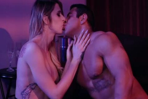 Trans babe Casey Kisses And Draven gets sleazy Inside The VIP Room