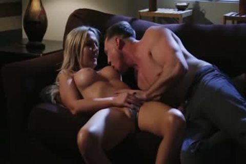 'Trans Sensual - sleazy ladyboy Kayleigh Coxx gets Her massive butt fucked'