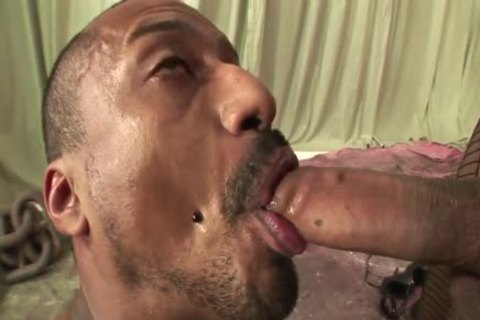 Ingrid Moreira bangs guy And discharges enormous Load In His Face