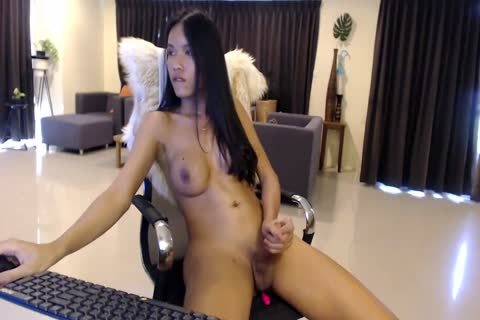 nice Looking asian beauty Cums On web camera