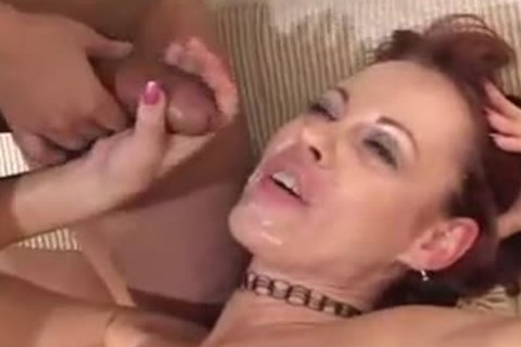 Female whore spreading Legs For her tranny lover