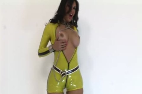 shemale In Latex Jerks Off