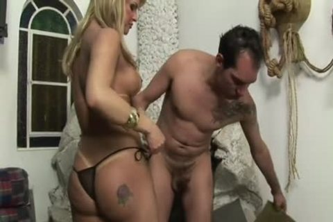 breasty blond Ts Jumps On dick
