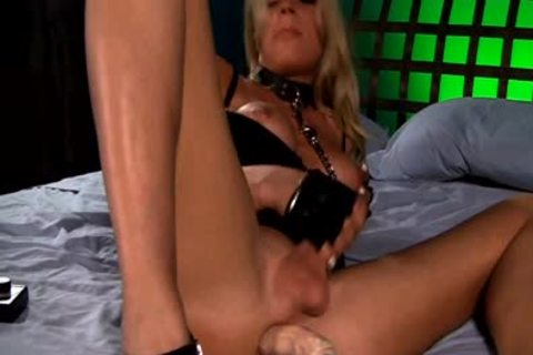 This blond tranny Enjoys Her hammering Machine